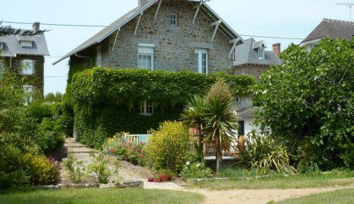 Loue jolie villa, 3chambres, 7/8couchages, Baie Mt St Michel à 40m de la plage, Carolles (50)