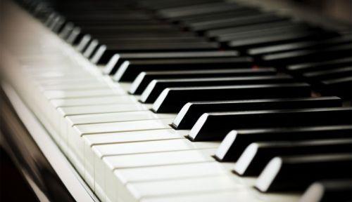 Propose Cours de piano à Saint-Cloud par prof passionné