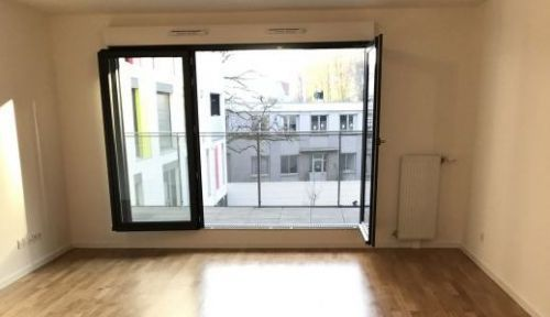 Loue appartement 3pièces de 72m²dans le bas Montreuil (93) + terrasse & parking