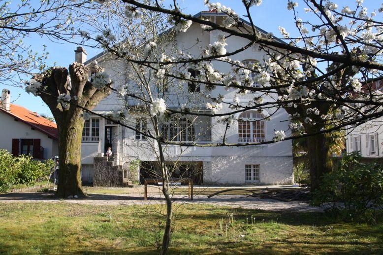 Propose colocation pour 3étudiants, dans maison particulière - Pau (64)