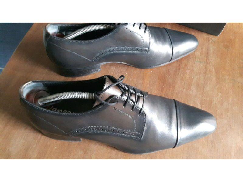 Chaussures Vaneau 41,5grises foncées reflets plus clair