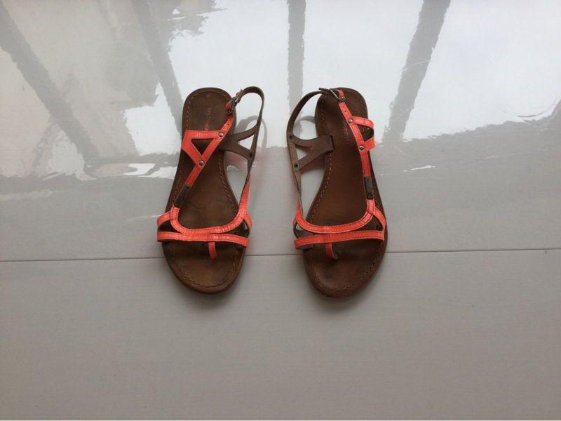 Vends Sandales Les Tropéziennes taille 38, en bon état