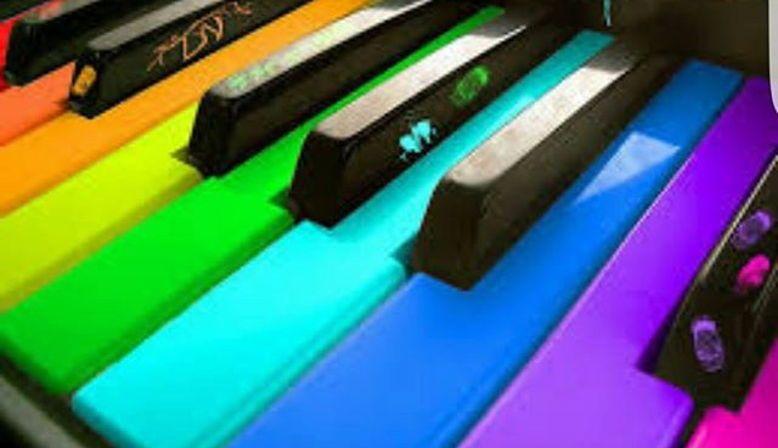 Propose cours de piano et chant à domicile