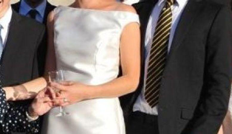 Vends robe de mariée taille 38 - 40 en soie avec traine