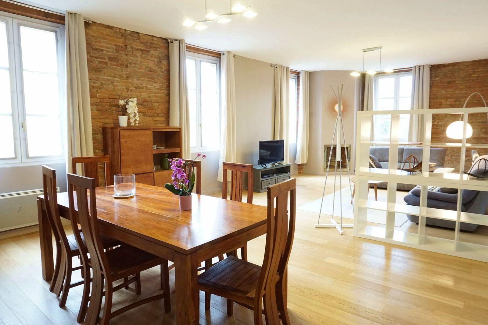 Loue bel appartement T4- 130m²- Toulouse Hypercentre