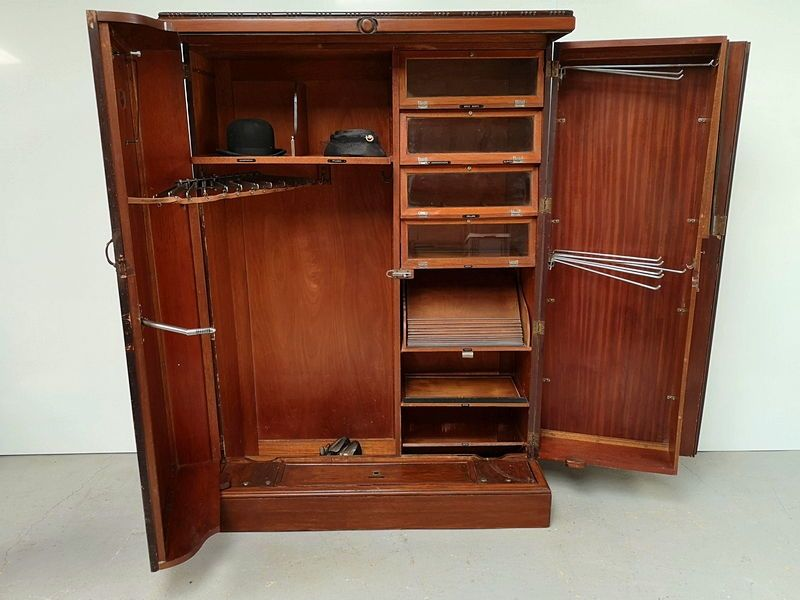 Vends armoire anglaise Compactom