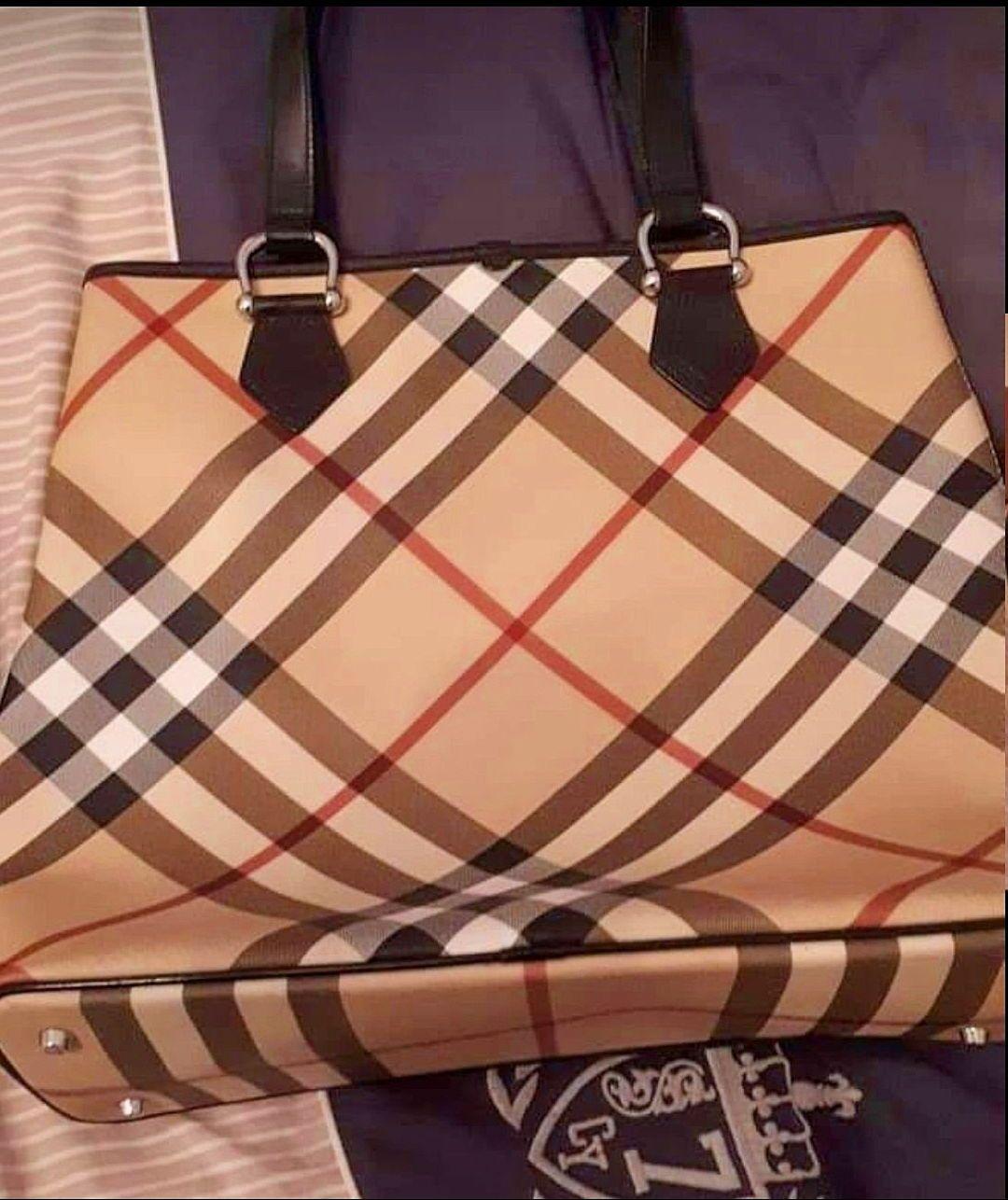 Vends sac cabas Burberry neuf