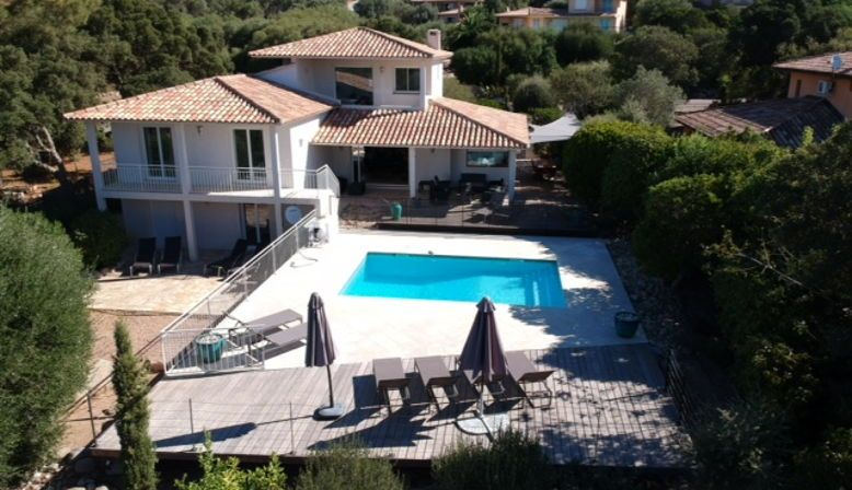 Loue villa piscine privée 8couchages 700m plage Cirendinu