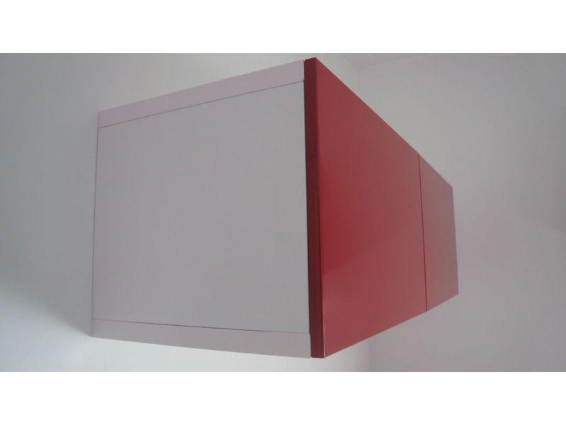 Vends étagère avec portes BESTA brillant rouge