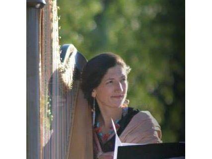 Harpiste concertiste donne cours de harpe