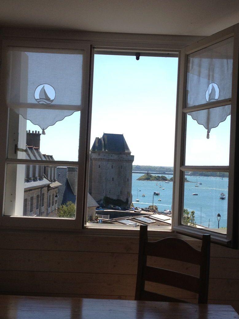 Loue appartement 2/3couchages Saint Malo st servan tres belle vue mer