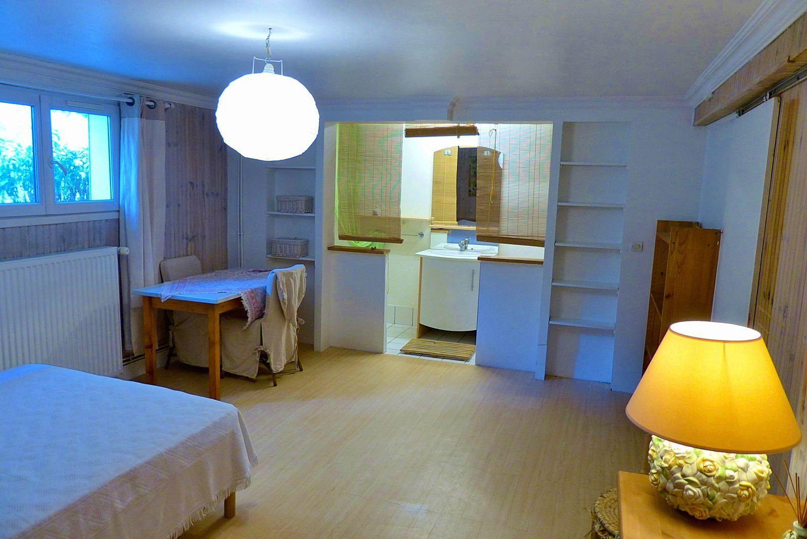 Loue studio meublé 25m² kitchen rueil malmaison (92)