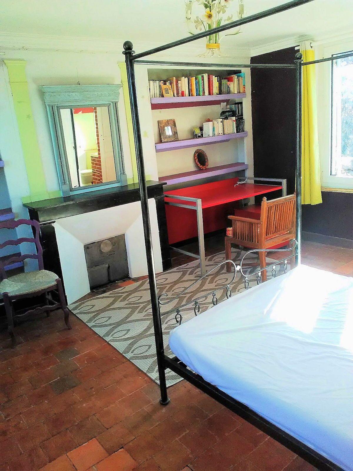 Loue chambres meublées chez l'habitant étages séparés Lisieux