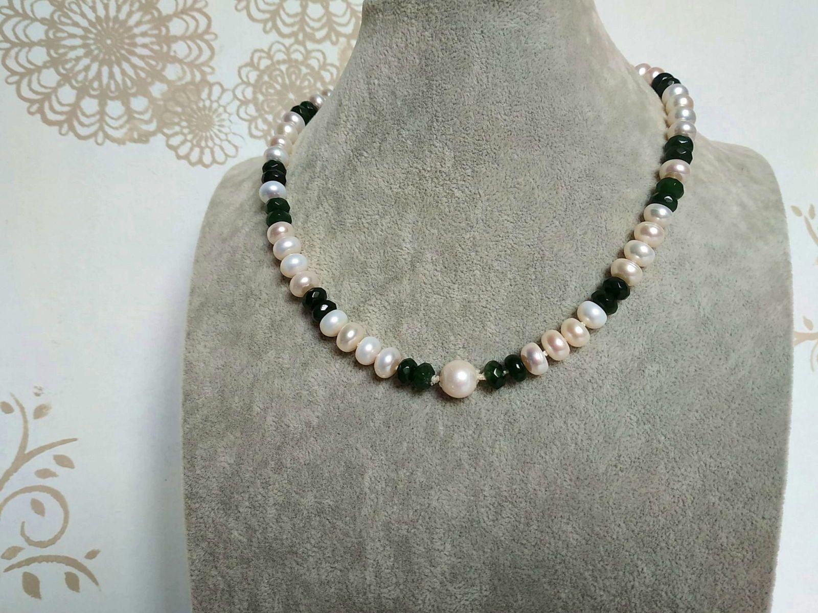 Collier de jade et perles d'eau de mer