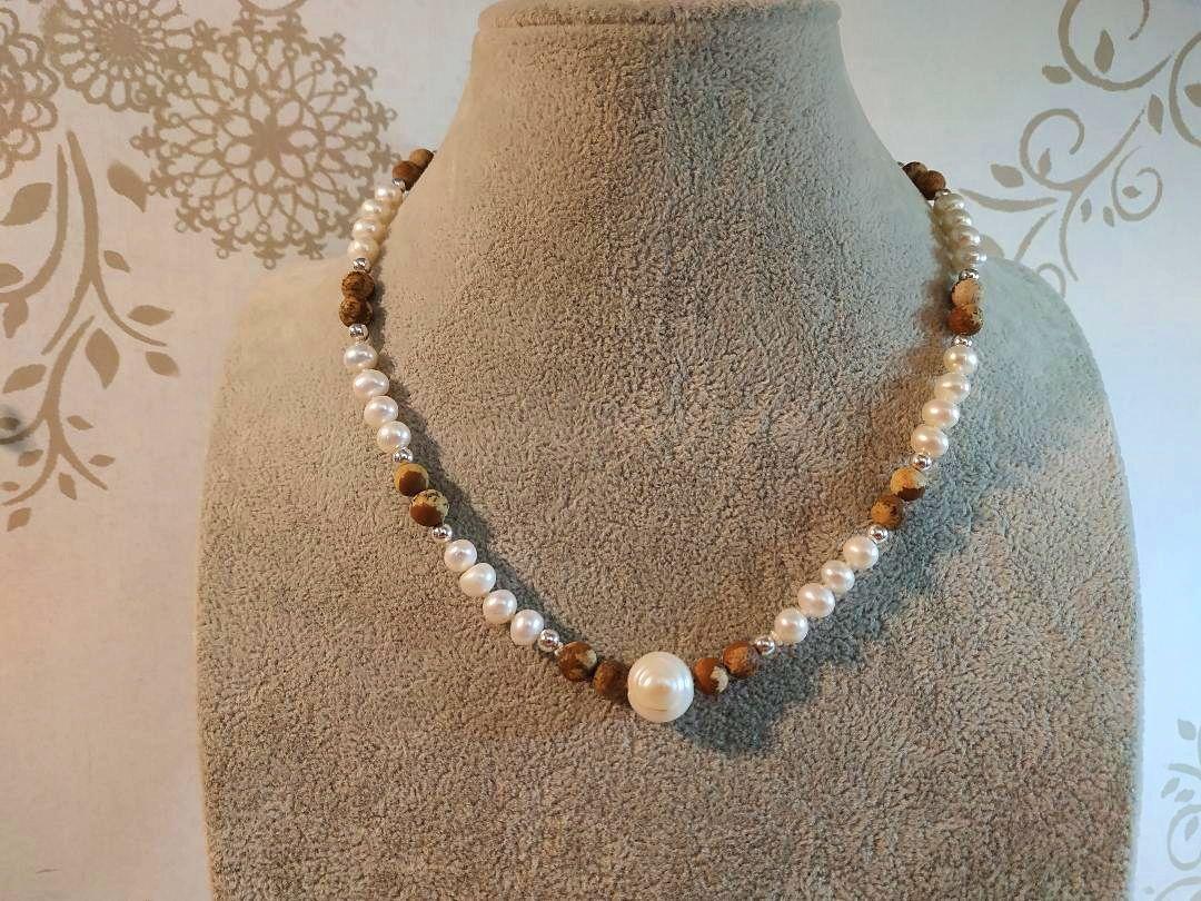 Vends Collier de perles de culture et jaspe paysage