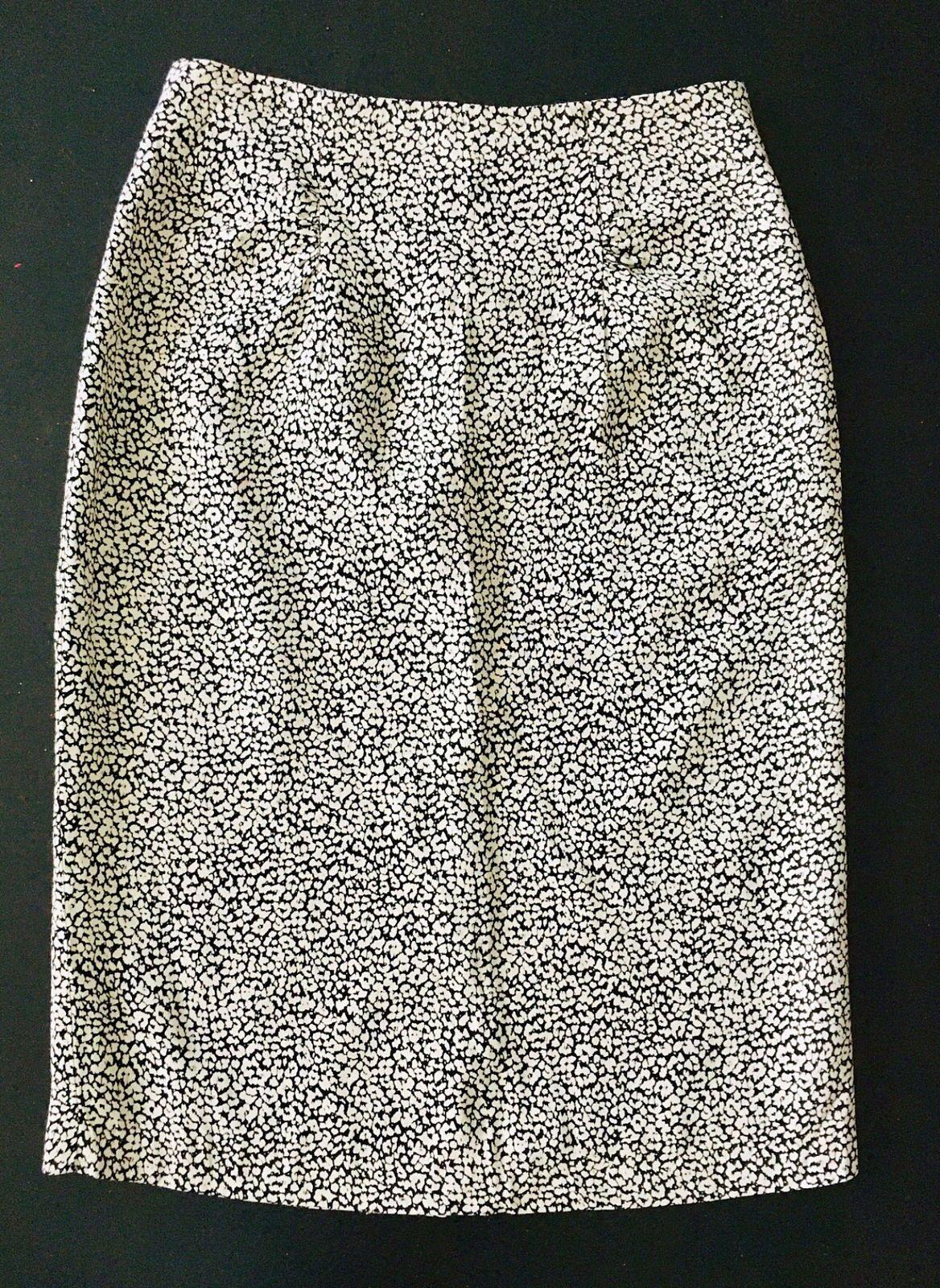 Jupe crayon noir motifs fleuris T34Sinequanone