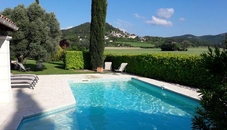 Loue Mas en pleine nature pour 10personnes en Drôme Provençale