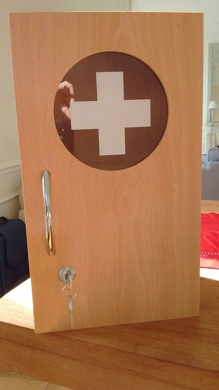 Vends Petite armoire à pharmacie