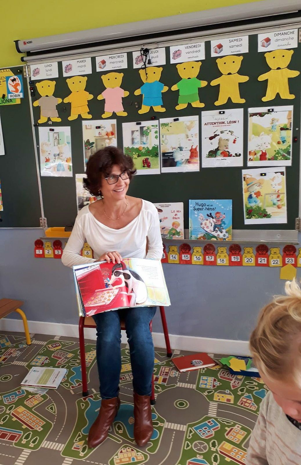 Propose interventions dans les écoles sur les accidents domestiques