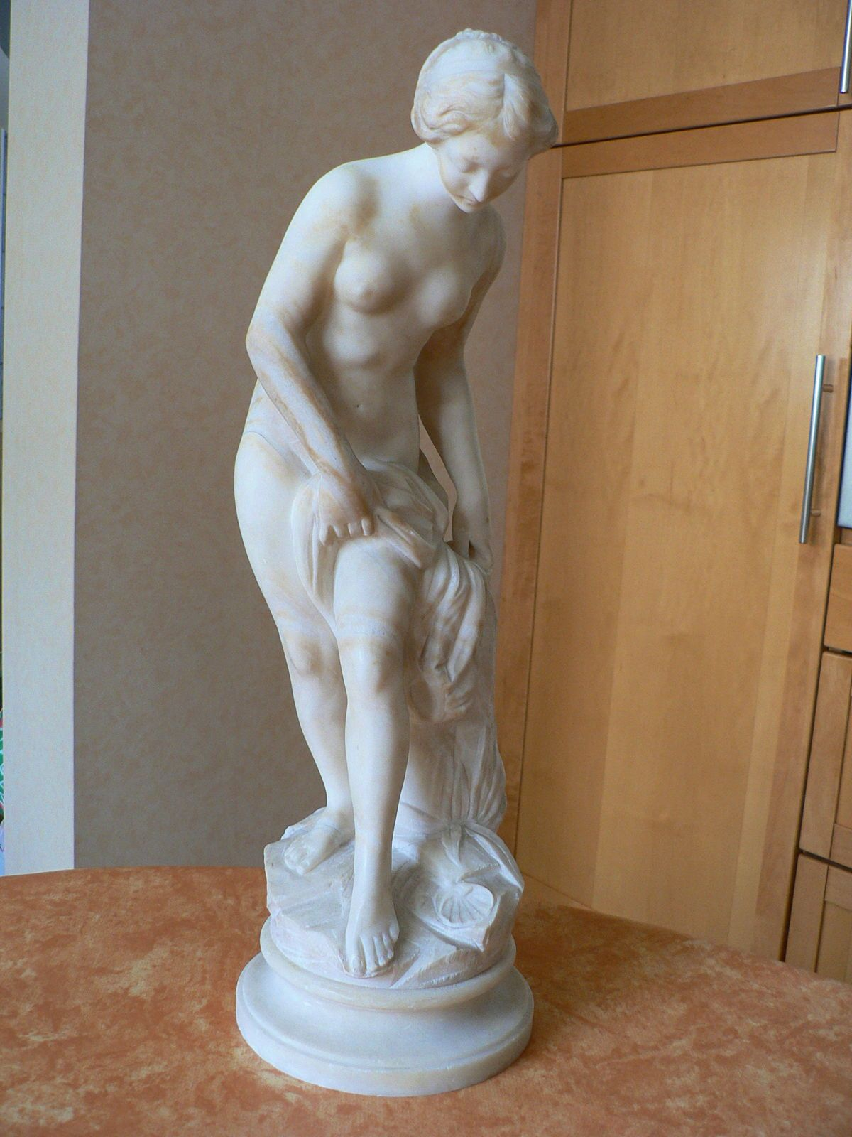 Sculpture de Vénus au bain