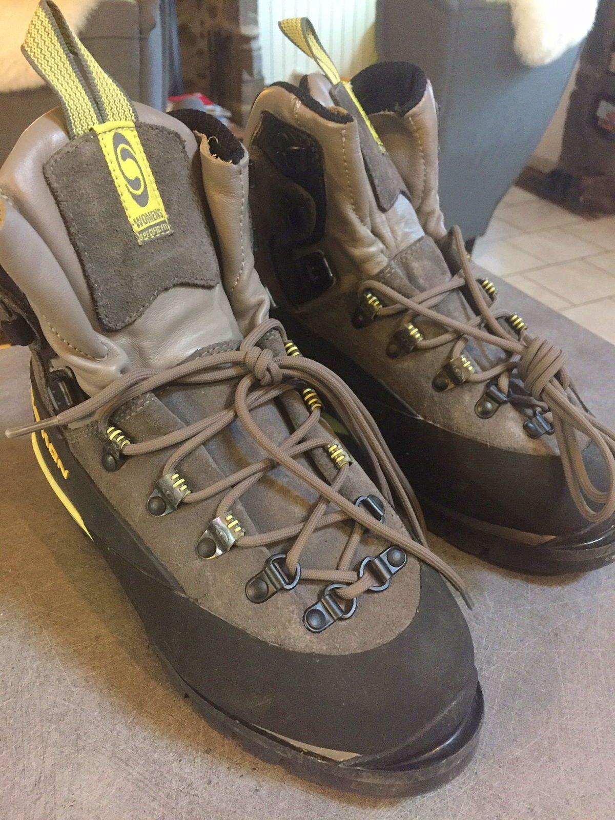 Vends Chaussures de montagne/alpinisme femme taille 38