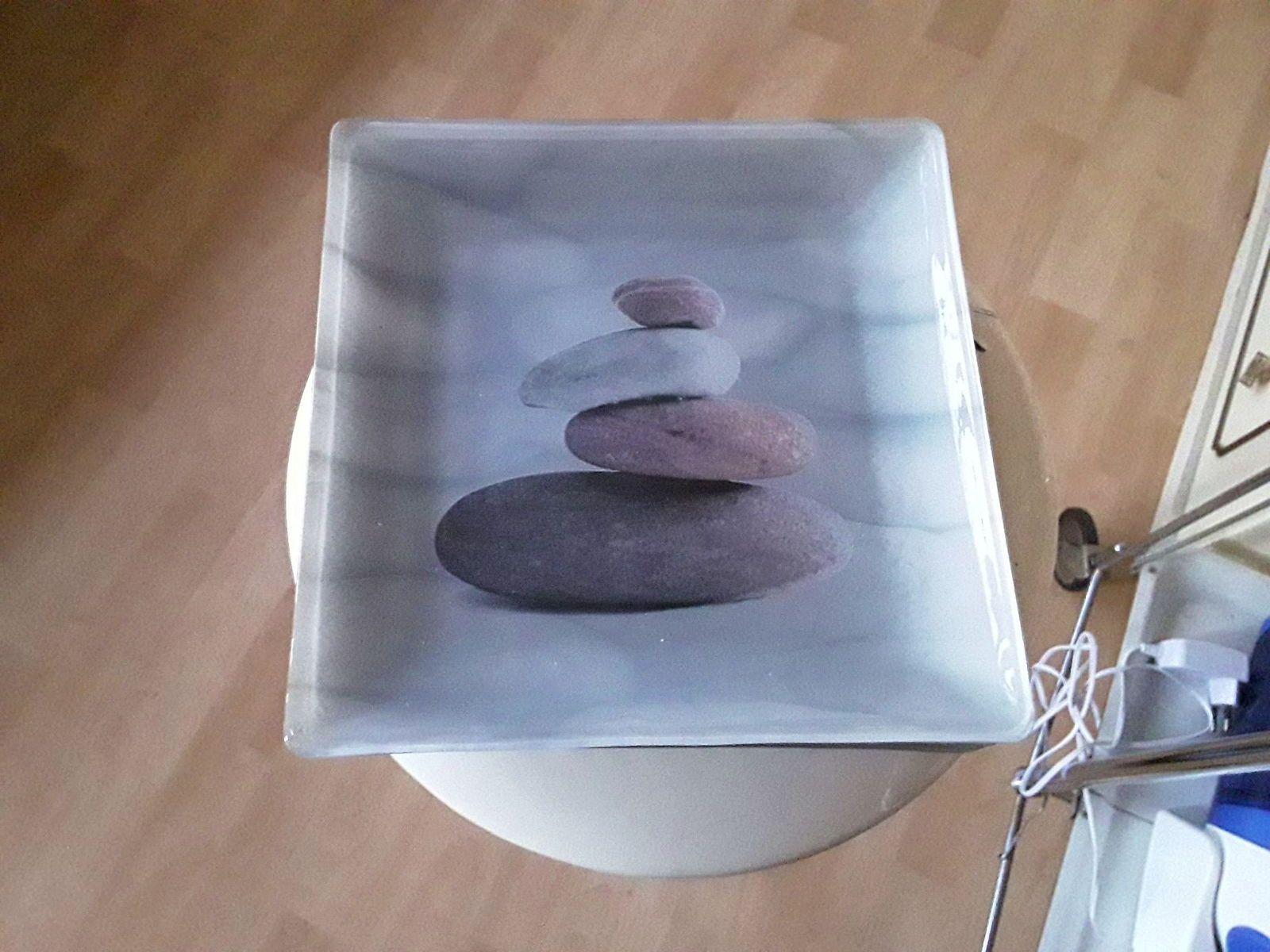 """Vends 6grandes assiettes """"zen"""" decor galets"""