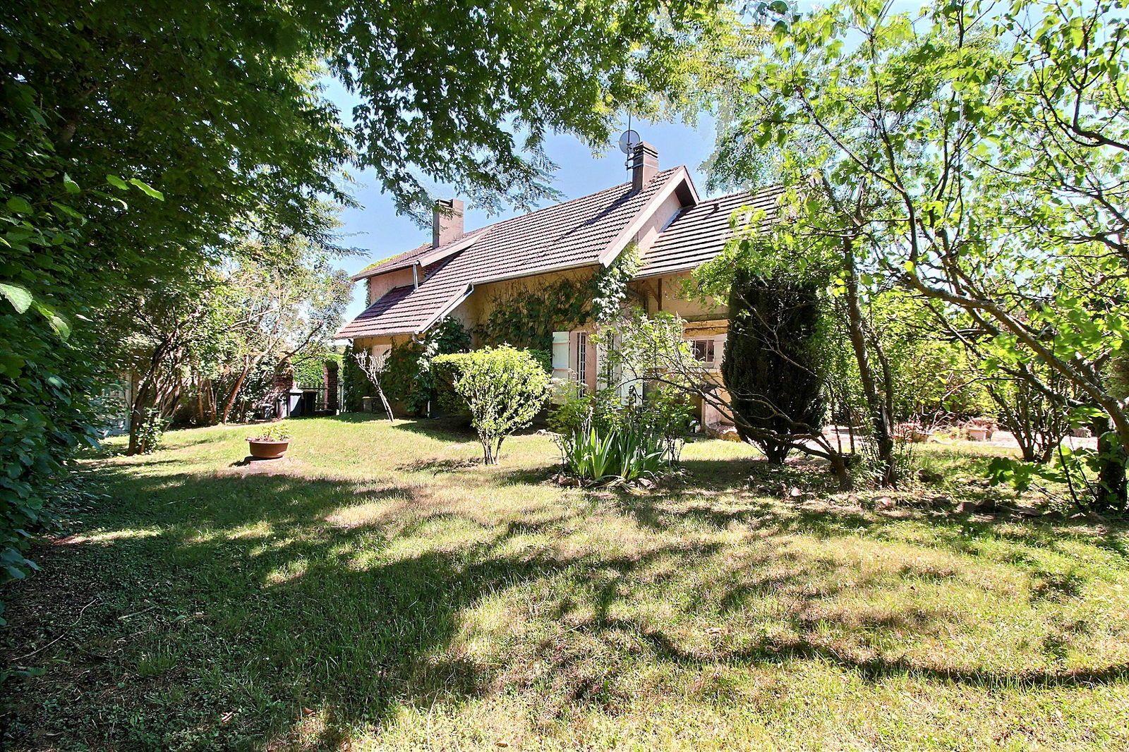 Vends maison 3chambres sur grand jardin arborée, moins d'1h de Paris - 130m²