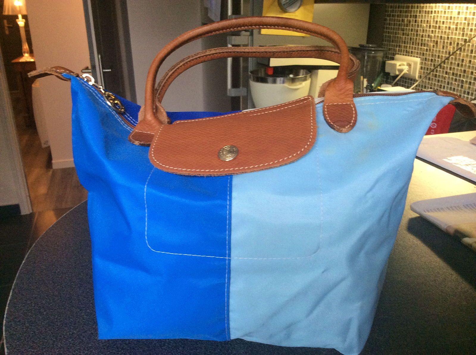 Vends sac pliage LONGCHAMP bleu