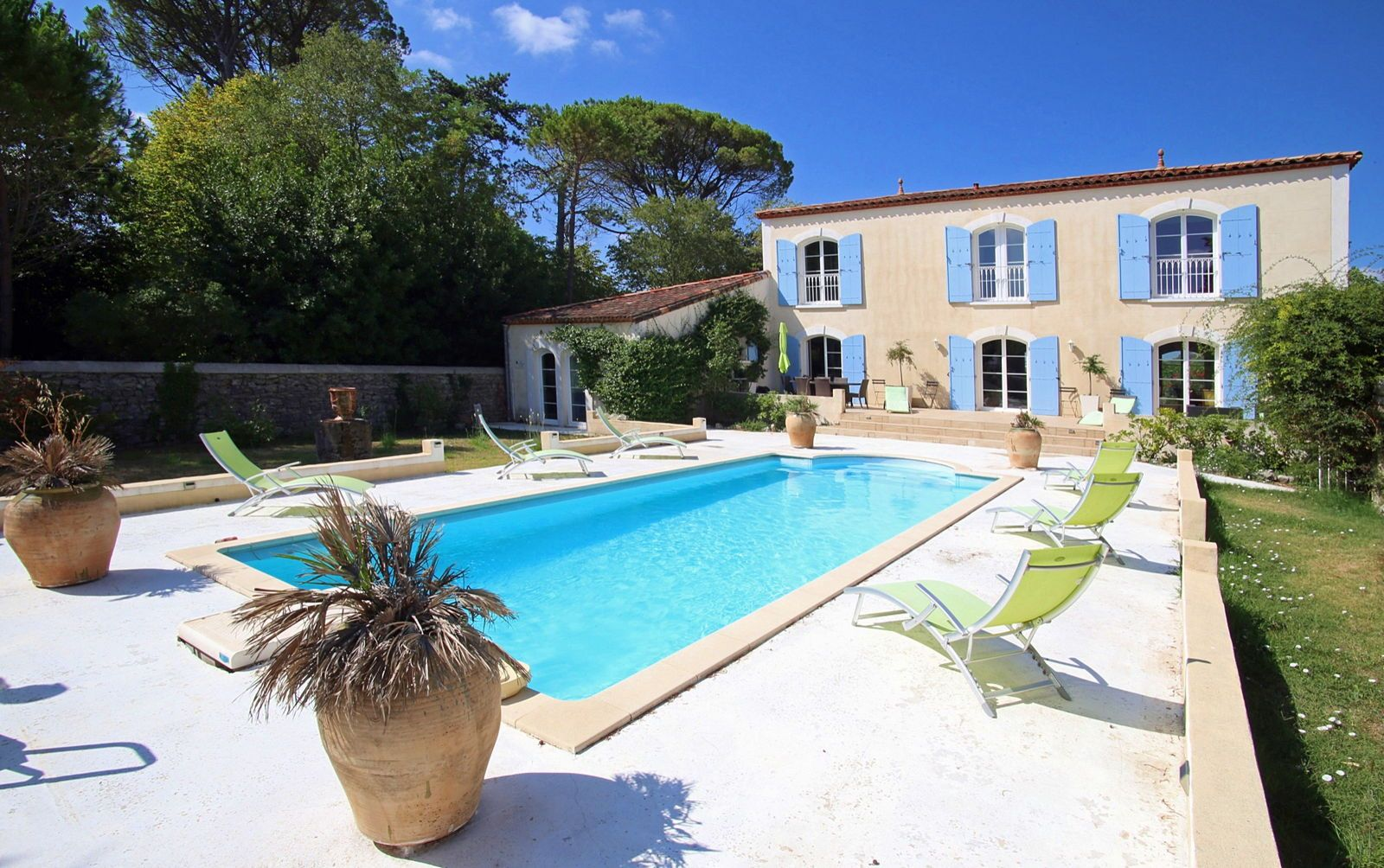 """Propose """"La Villa Ricôme """", Gîte de Prestige dans le Sud de la France 8couchages"""