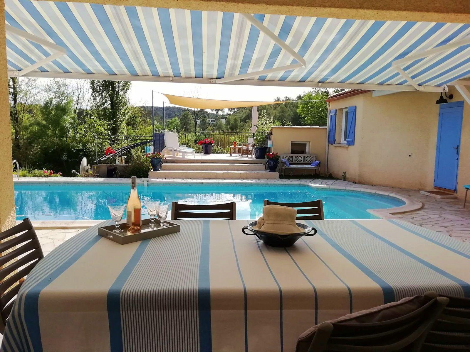 Montpellier Loue villa et studio avec piscine pour 8couchages