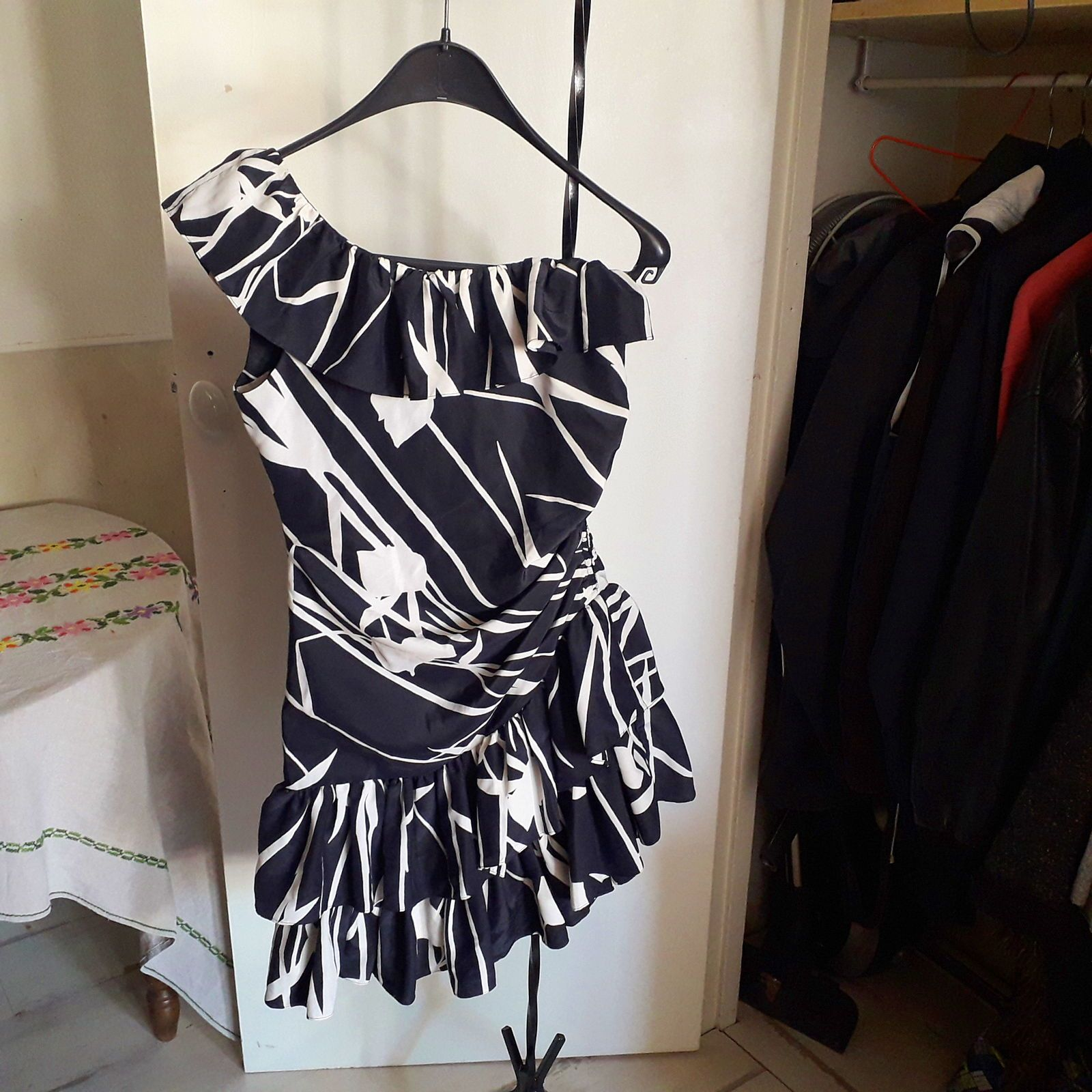 Robe à volant - Taille XS-S