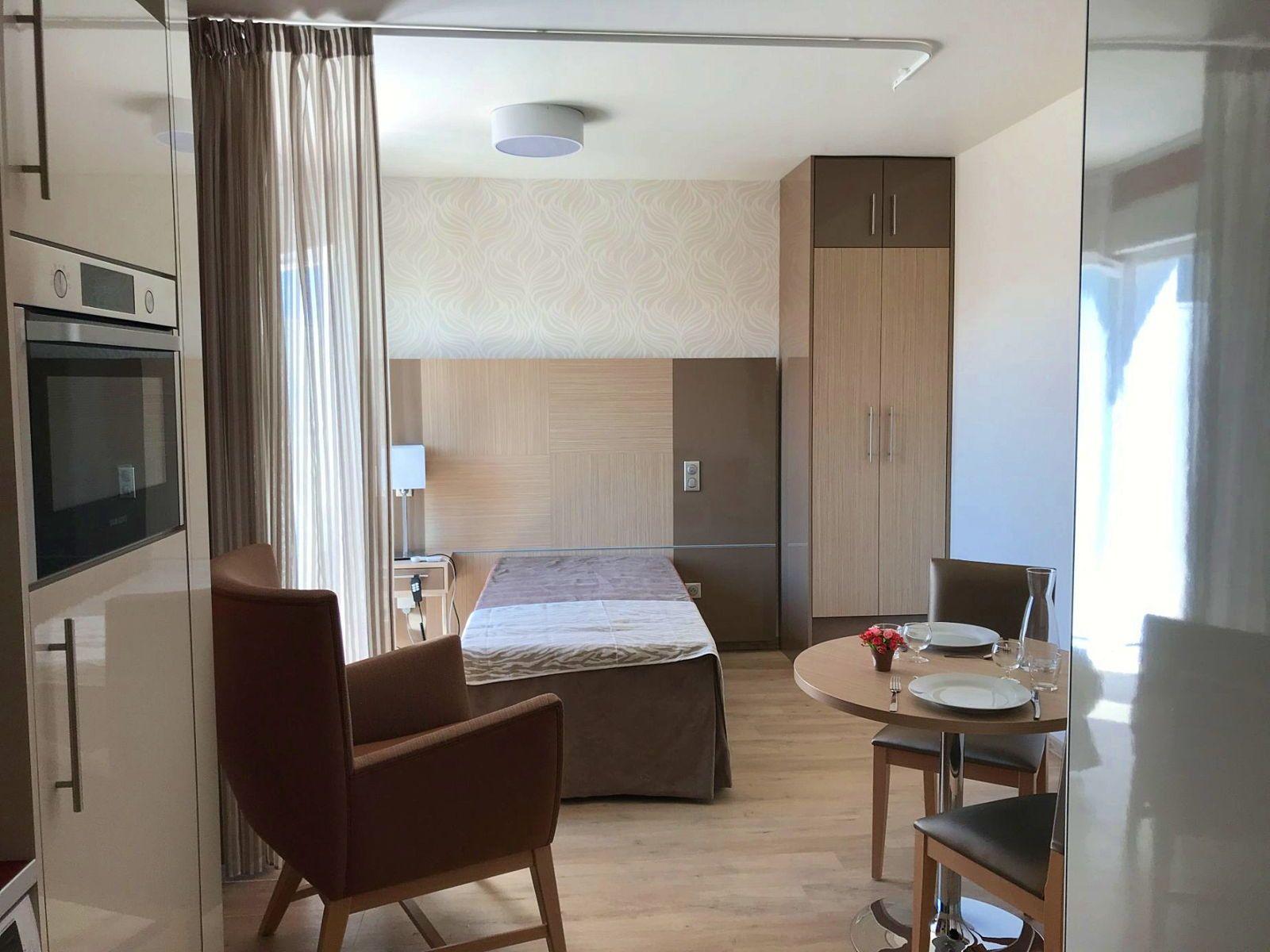 Loue appartement T127,33m² dans Résidence Senior à Montreuil, Croix de Chavaux - Montreuil (93)