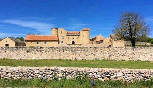 Loue gîte plateau du larzac pleine campagne - 6couchages - Sorbs (34520)