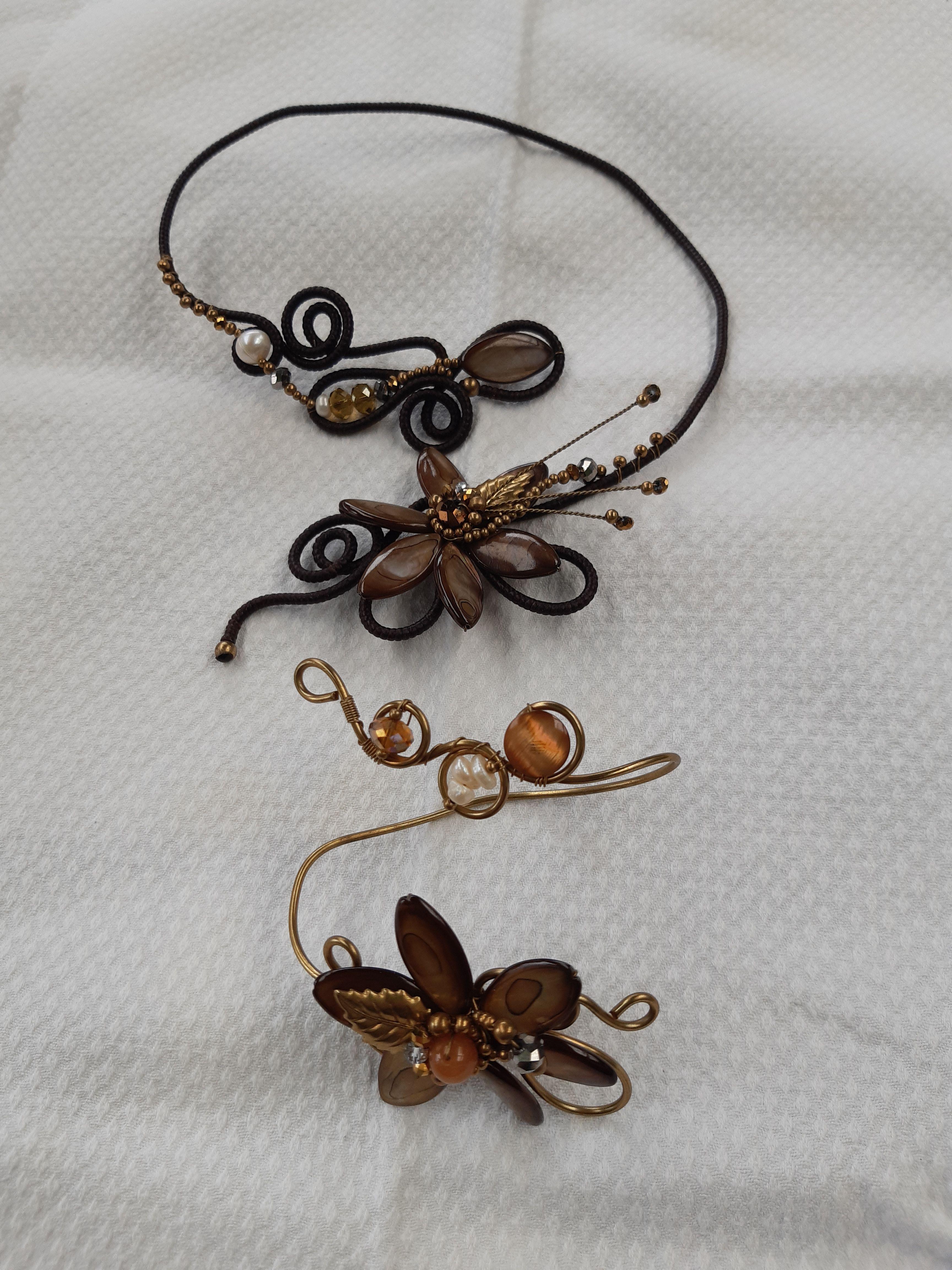 Parure bijoux artisanaux femme (collier et bracelet) très bon état