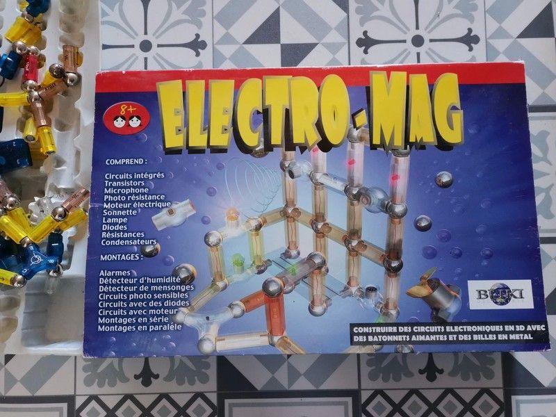 2jeux Electromag 1boîte complète et une bonne partie d'une 2ème boite