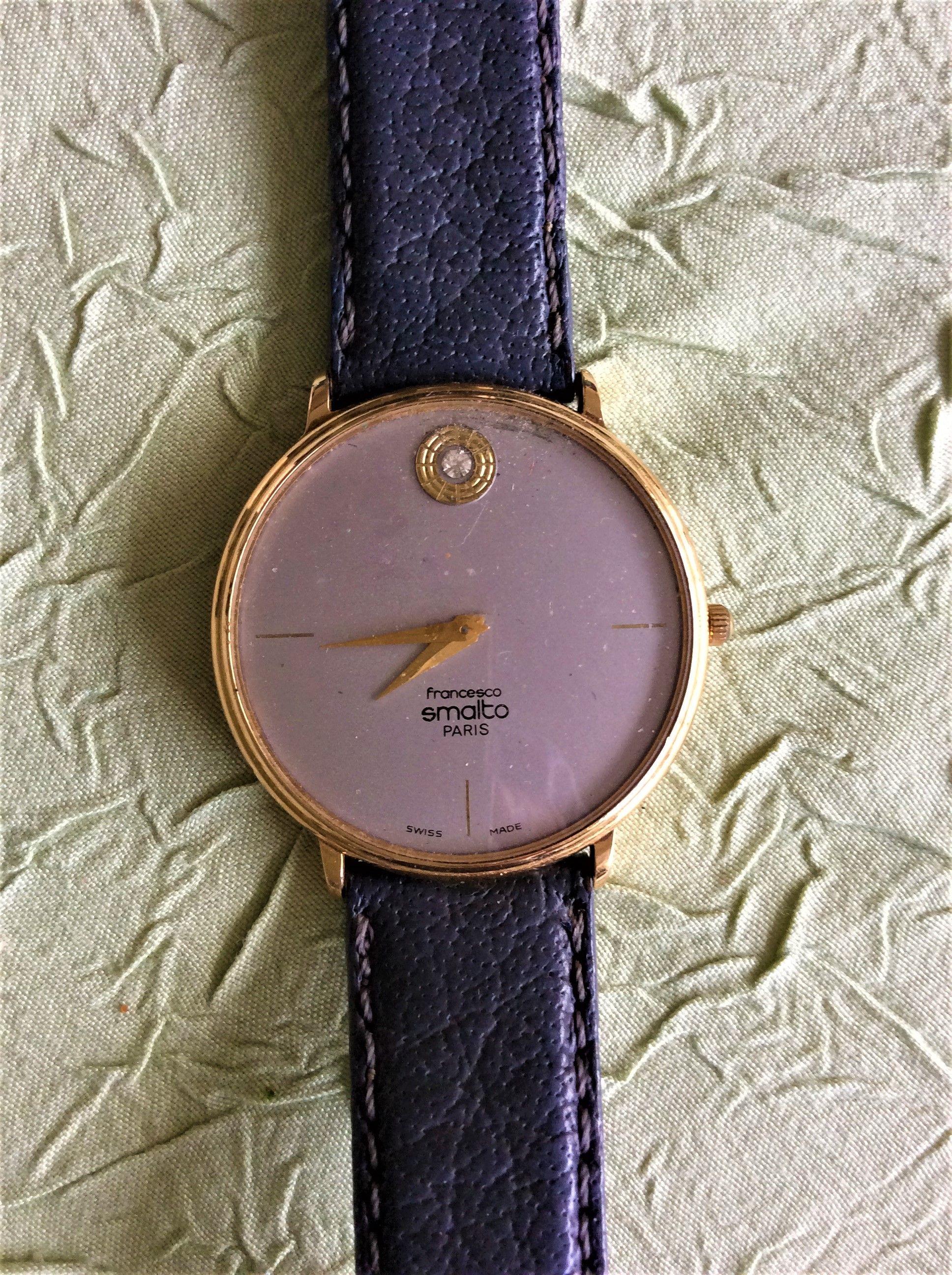 Ancienne montre Francesco SMALTO plaqué or avec petit brillant