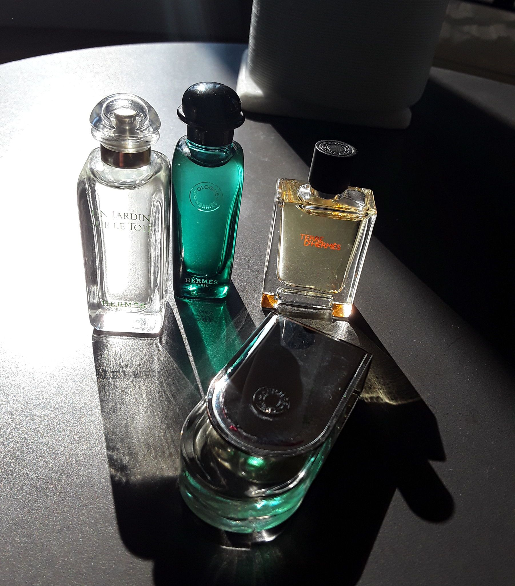 Vends 4miniatures parfums Hermès