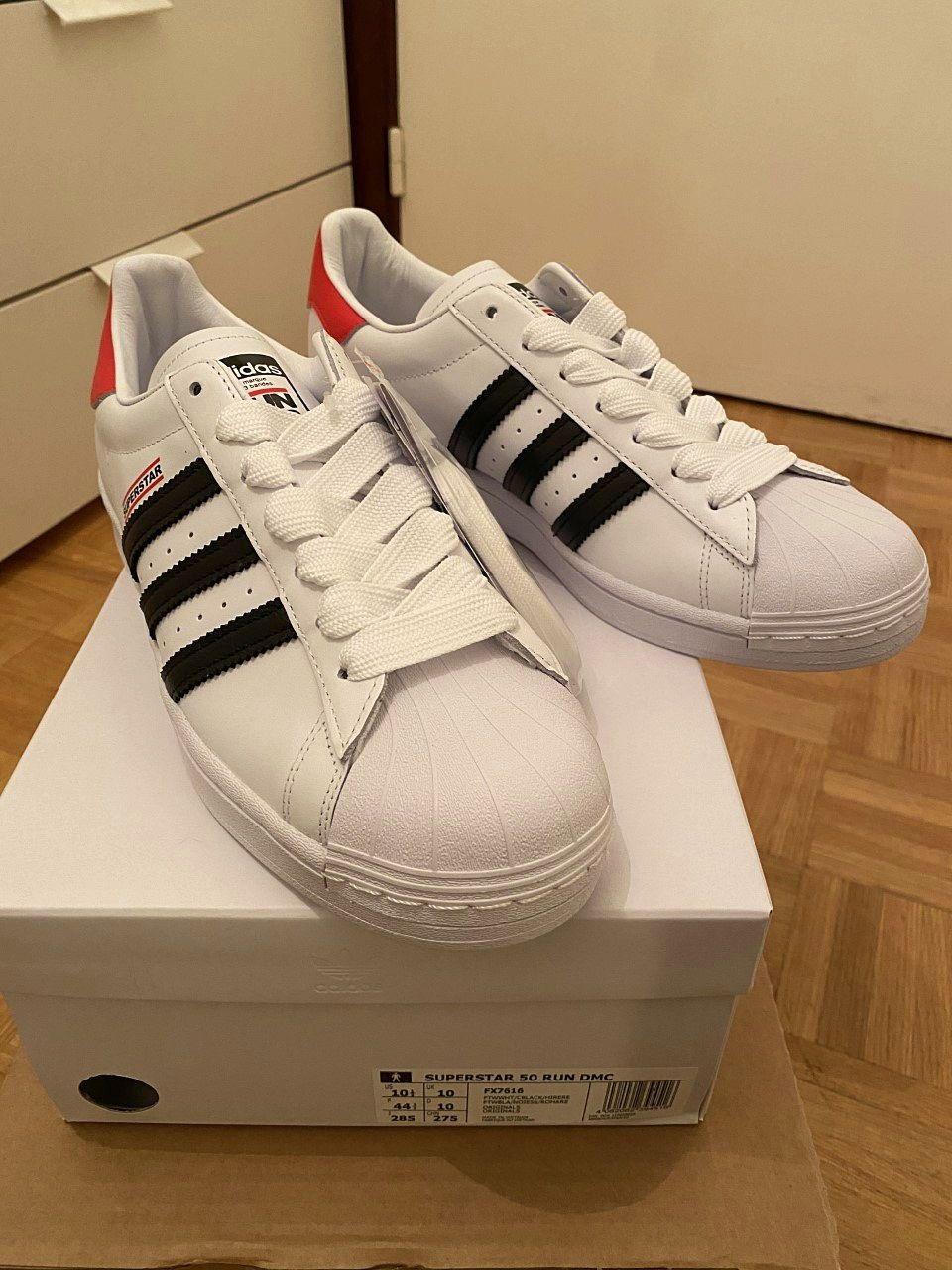 Vends Adidas Superstar 50RUN DMC (taille 44,5) (NEUVES)