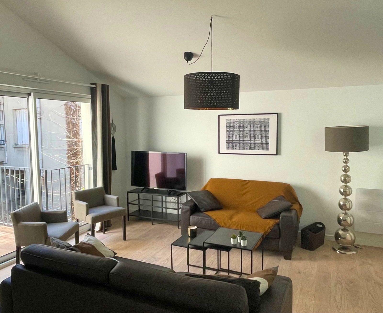 Loue appartement T3- 74m² parking terrasse centre ville Toulouse