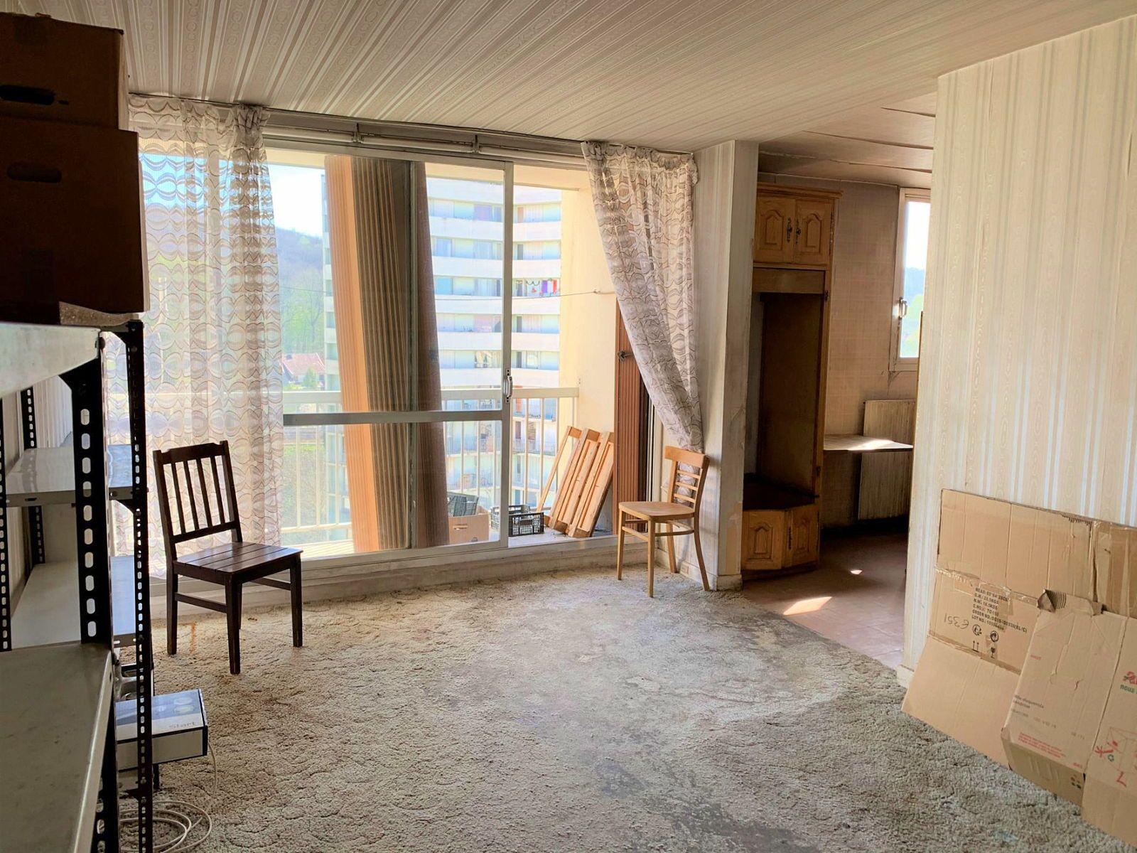 Vends Appartement Chaville à rénover 3pièce(s) 61m² + balcon et cave - 2chambres