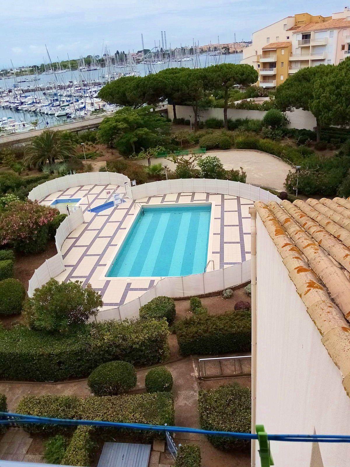 Vends appartement de 39m² avec mezzanine et garage - vue port - Agde (34)