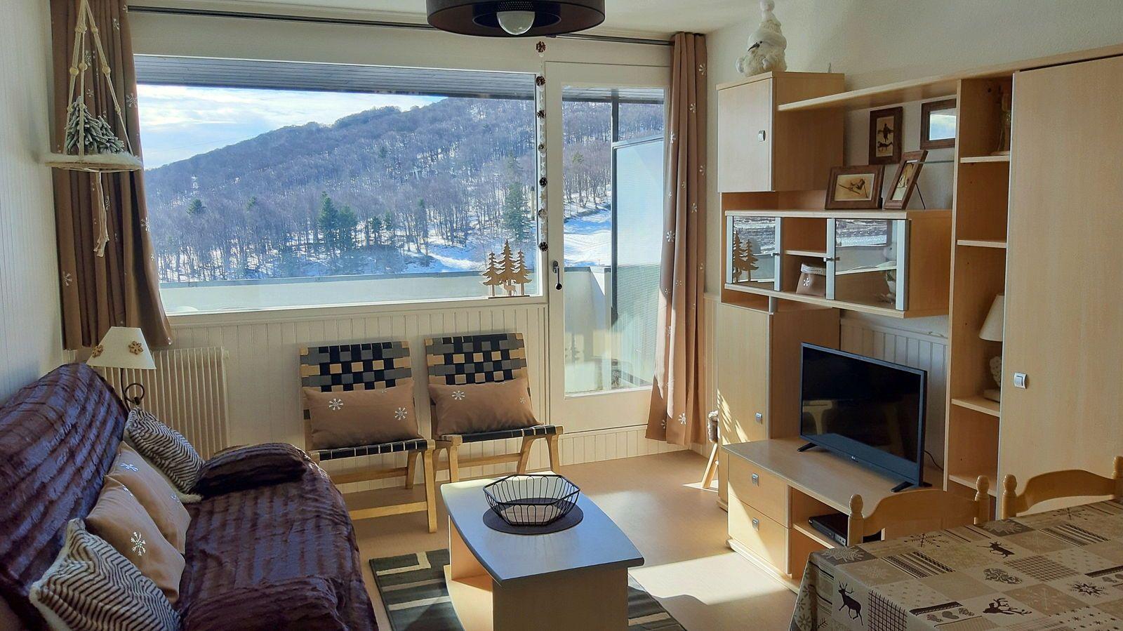 Propose Bel appartement rénové, pied pistes, 2chambres, balcon S, WIFI, 3*