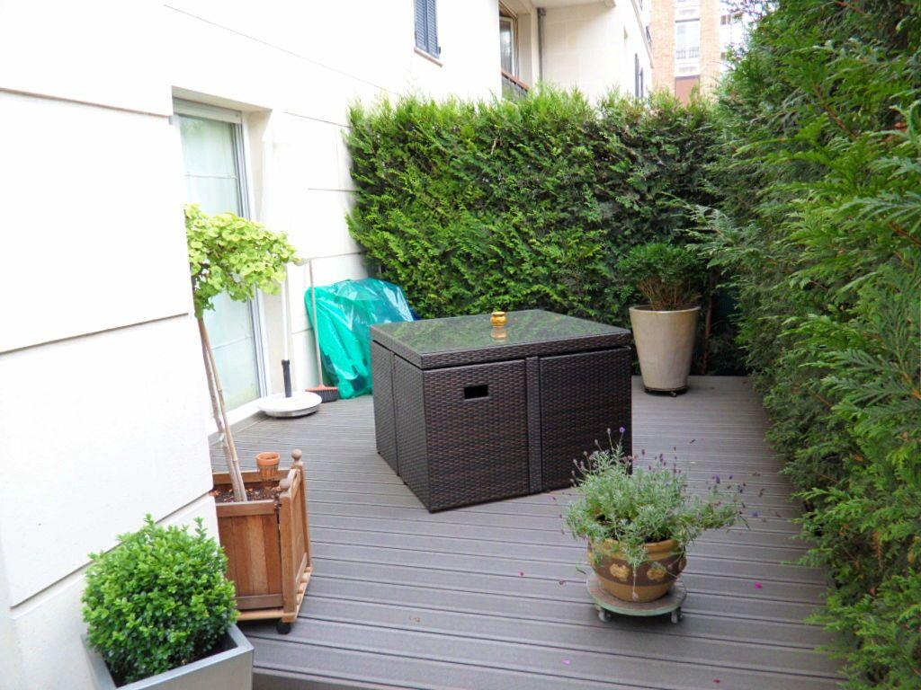 Asnières Loue T240m² avec jardin et box