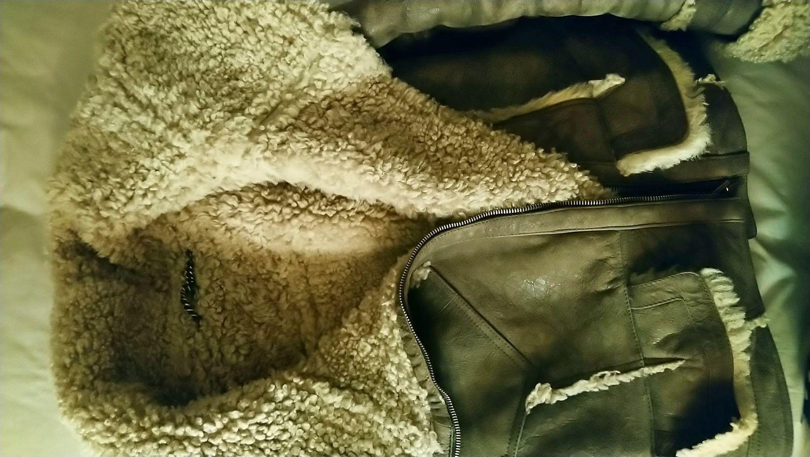 Blouson en cuir et mouton retourné, taille L