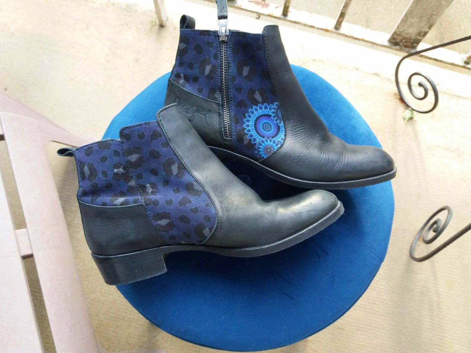 Boots Desigual pointure 40