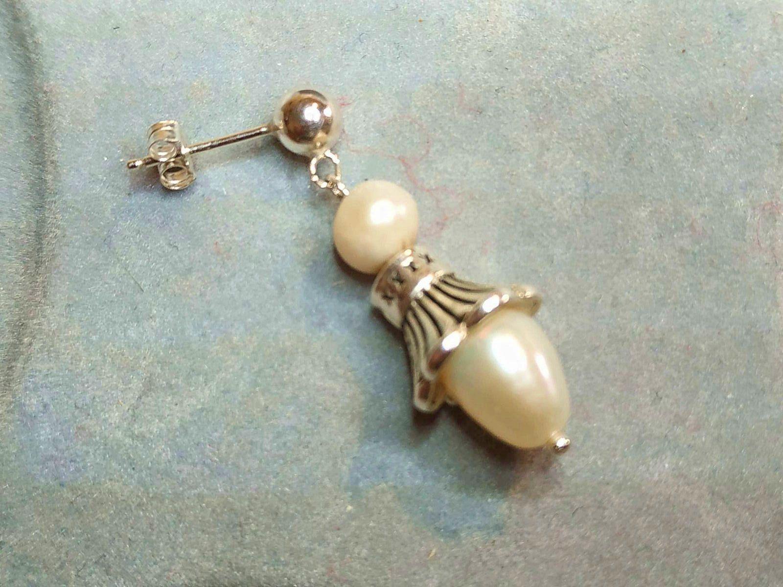 Boucles d'oreilles perle et petunia d'argent