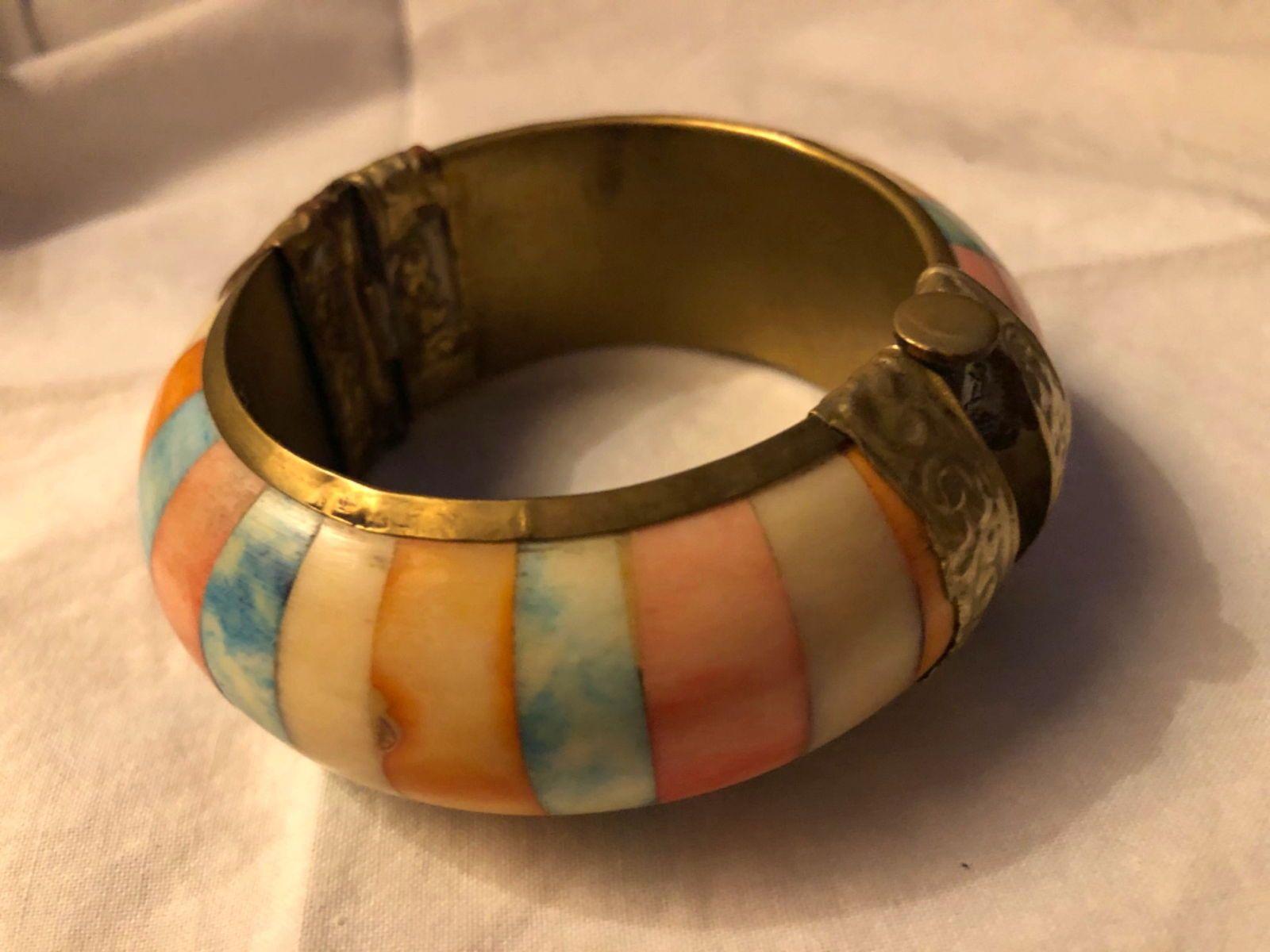 Bracelet vintage en os