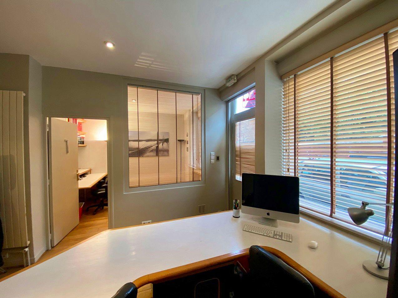 Loue deux bureaux meublés Asnieres (92600) - 2chambres, 28m²