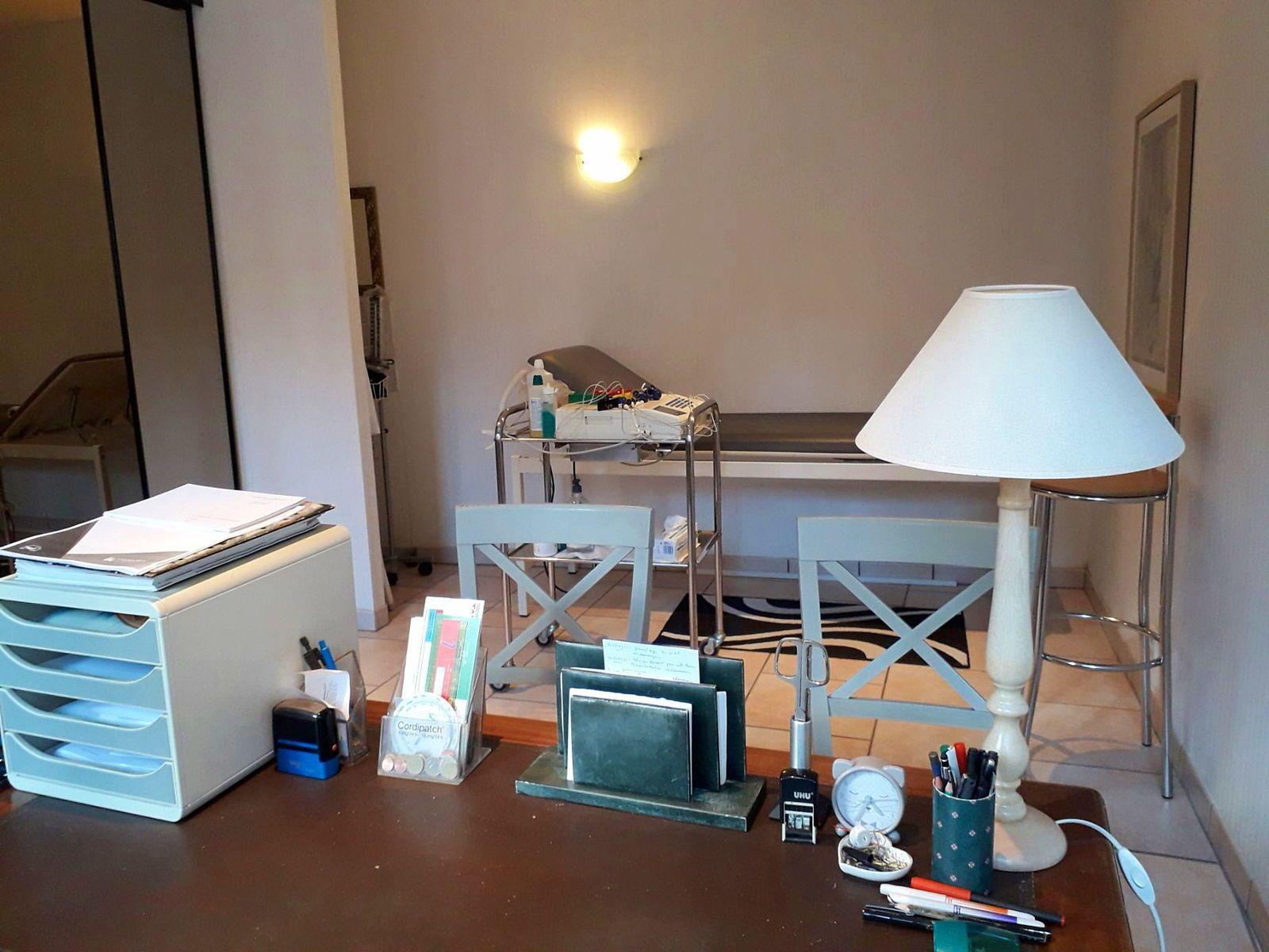 Vends cabinet médical, cardiologie ou autre prof libérale à Auxerre (89) - 3chambres, 85m²