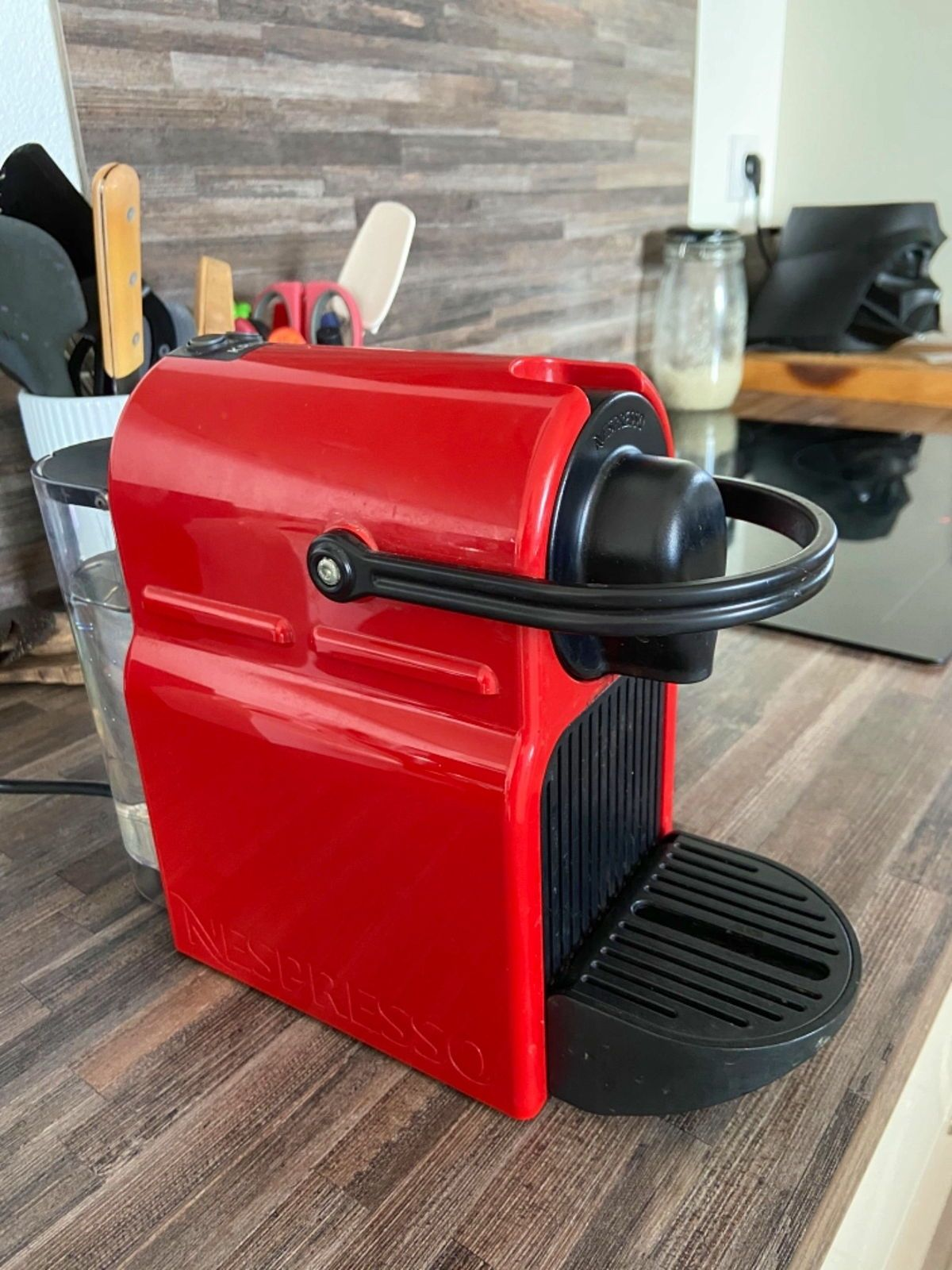 Cafetière Nespresso Inissia Krups Rouge